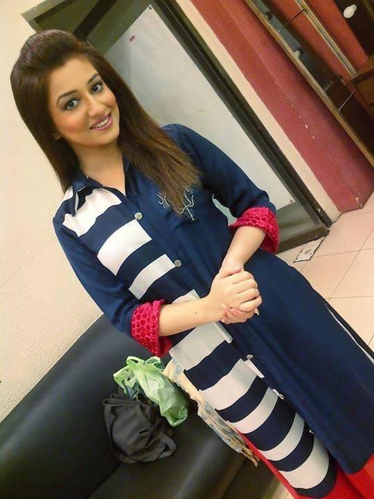 Call Girls In Delhi Escorts Miss Riy 9958626694 All Whatsapp Number ...